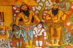 Fermez-vous vers le haut de la vue des peintures de mur indiennes antiques de déesse, Chennai, Tamil Nadu, Inde 25 février 2017 Image libre de droits