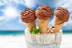 Fermez-vous vers le haut des glaces de chocolat Images stock