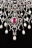 Fermez-vous vers le haut du collier de diamant Photographie stock libre de droits