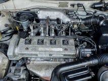 Fermez-vous vers le haut du détail du nouveau moteur de voiture Photos stock