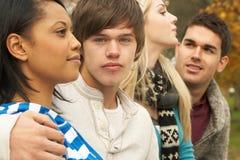 Fermez-vous vers le haut du groupe de quatre amis d'adolescent Photo libre de droits
