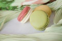 Fermez-vous vers le haut du macaron vert Photo stock