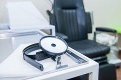 Fermez-vous vers le haut du matériel médical de l'oto-rhino-laryngologiste concept médical et de soins de santé Foyer sélectif Co photo stock