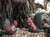 Fermez-vous vers le haut du modèle de poulet Image stock
