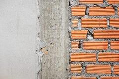 Fermez-vous vers le haut du mur de briques rouge Photographie stock libre de droits