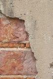 Fermez-vous vers le haut du mur de roche avec le fond Photographie stock