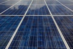 Fermez-vous vers le haut du panneau solaire Photographie stock libre de droits