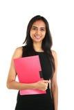 Fermez-vous vers le haut du portrait d'une femme indienne de sourire d'affaires Photographie stock