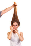 Fermez-vous vers le haut du portrait de jeunes belles femmes avec des cheveux vers le haut de g à la mode Photo stock