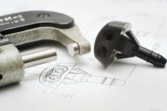 Fermez-vous vers le haut du retrait de produit et de l'outil de mesure Photo stock