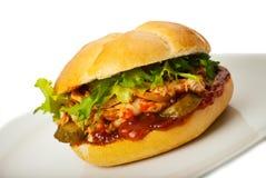 Fermez-vous vers le haut du sandwich avec le poulet Photo libre de droits