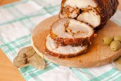 Fermez-vous vers le haut du tir du pain de viande coupé en tranches de porc Images stock