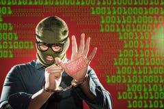 Fermi i pirati informatici Fotografie Stock Libere da Diritti