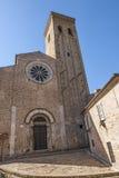 Fermo -有历史的教会 库存照片