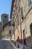 Fermo - Historische gebouwen Stock Afbeeldingen