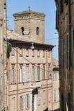 Fermo - historisk byggnad Arkivbild