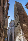 Fermo - historisk byggnad Arkivfoto