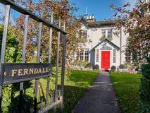 Ferndale dom jest pięknym rezydenci ziemskiej domem blisko Dublin, Irlandia Zdjęcia Stock