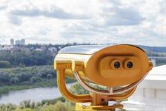 Ferngläser auf der Aussichtsplattform lizenzfreies stockfoto