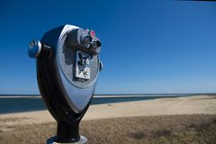 Ferngläser durch den Chatham-Leuchtturm-Strand Lizenzfreie Stockbilder