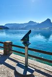 Fernglas nahe dem See Wolfgangsee in Österreich Ober?sterreich stockfotos