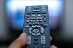 Fernsehapparat Fernsteuerungs Lizenzfreie Stockfotografie
