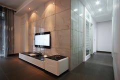 Fernsehapparat im Wohnzimmer Lizenzfreies Stockfoto