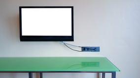 Fernsehen auf Wandisolat auf Schirm lizenzfreies stockfoto