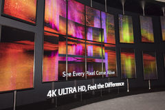 Fernsehen Fahrwerk-4K Oled Stockfoto