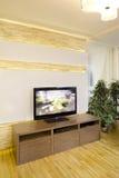 Fernsehen im Wohnzimmer Stockfotos