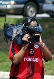 Fernsehkameramann Films Fire stockfotos