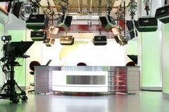 Fernsehnachrichten-Studioinstallation stockbilder