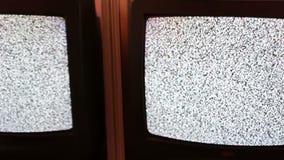 Fernsehstörgeräuschschwarz-Weißgesamter bildschirm stock video
