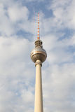 电视塔或Fernsehturm在柏林,德国 免版税库存照片