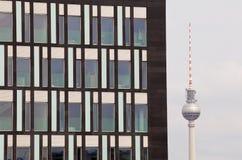 Fernsehturm em Berlim Fotografia de Stock Royalty Free