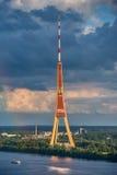 Fernsehturm Riga, Lettland lizenzfreie stockbilder