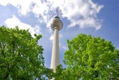 Fernsehturm (Telewizi Wierza) Zdjęcia Royalty Free