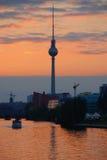 Fernsehturm (Telewizi Wierza) Zdjęcie Stock