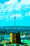 Fernsehturm und Gediminas-Schloss stockfoto