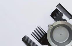 Ferramenta da preparação do cabelo no fundo branco foto de stock royalty free