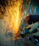Ferramenta de corte industrial do metal no funcionamento da loja da fábrica do ferro e no c fotografia de stock royalty free