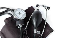 Ferramenta médica do monitor manual da pressão sanguínea isolada Foto de Stock