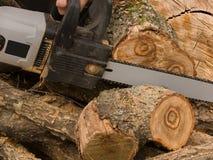 A ferramenta uma serra elétrica Fotos de Stock Royalty Free