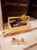 Ferramentas de funcionamento de madeira velhas fotografia de stock royalty free