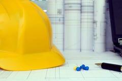 Ferramentas de gestão do projecto de construção Fotos de Stock Royalty Free