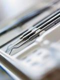 Ferramentas dentais do armário Fotos de Stock Royalty Free