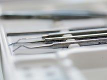Ferramentas dentais do armário Fotografia de Stock Royalty Free