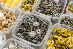 Ferramentas dentais, rodas de moedura, brocas abrasivas e cones de moedura fotos de stock