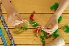 Ferramentas e materiais para criar a joia feito à mão e a joia a Imagens de Stock Royalty Free