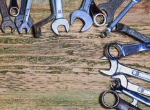 Ferramentas na tabela de madeira velha Imagem de Stock
